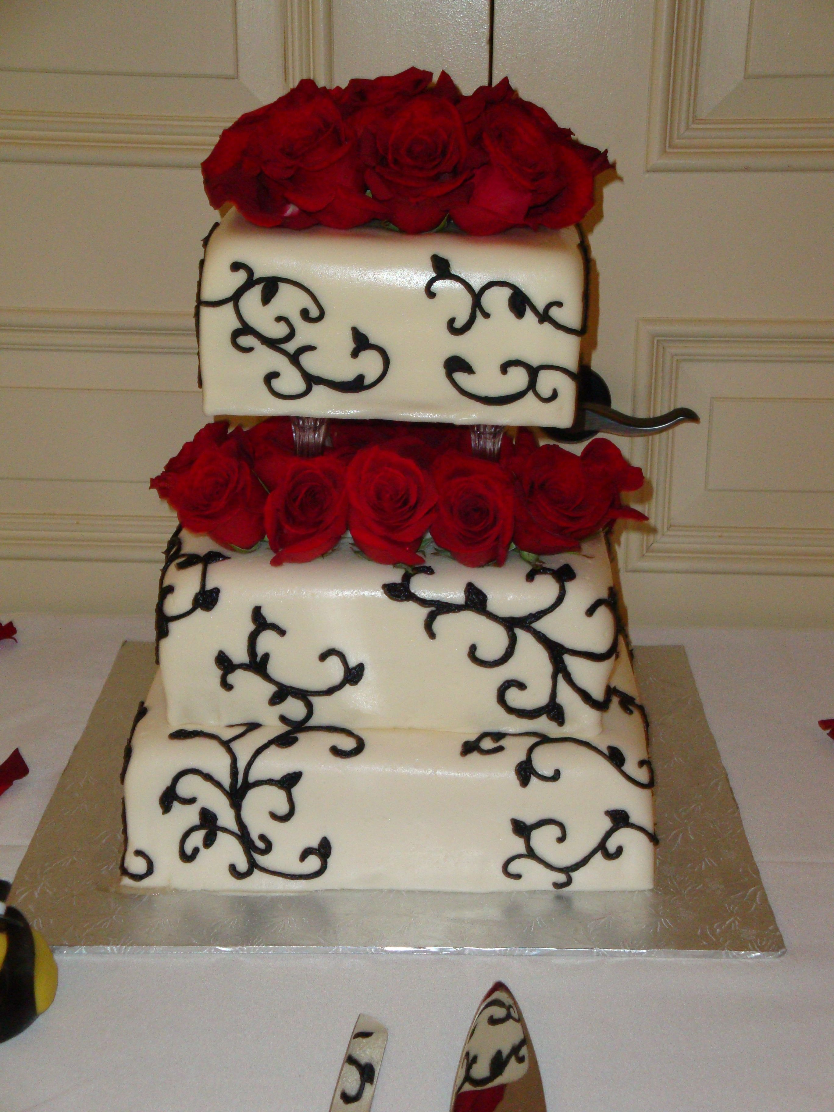 Red roses and black scroll wedding cake cakes u cupcakes i made