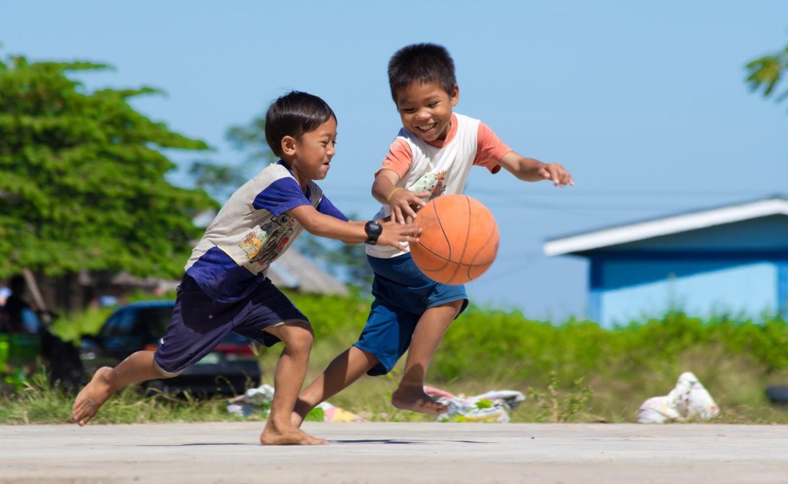Happy Kids Playing Basketball Kids Playing Sports Kids Sports Kids Playing