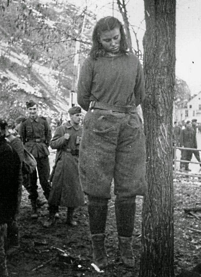 2 refugees fuck german girl 7