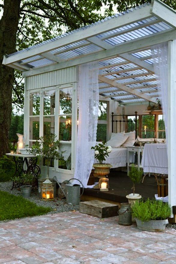 outdoor guest room / nap area