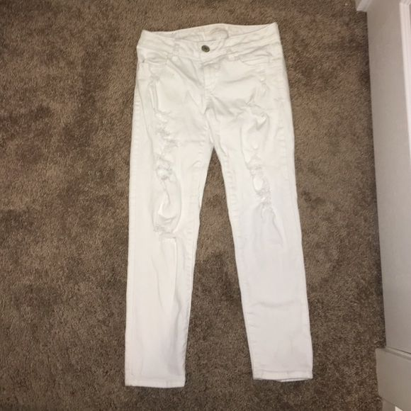 AEO White Ripped Capris Cute, white unworn capris. Forgot I had ...