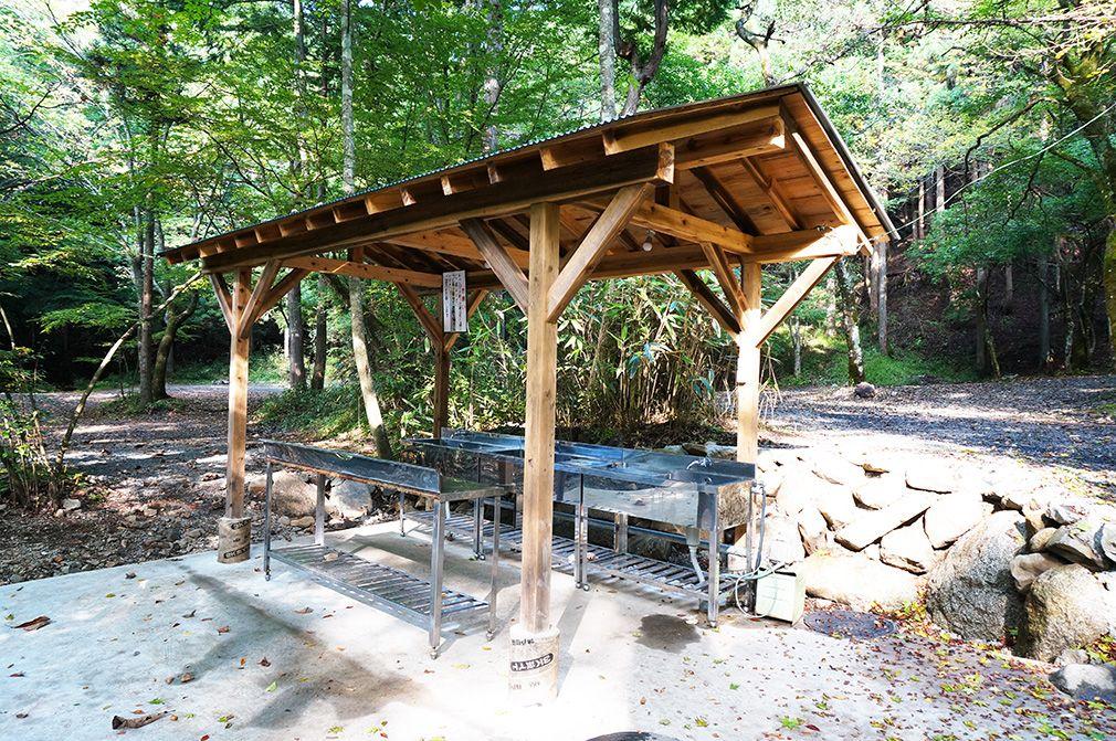 川沿いサイト 水場 Outdoor structures, Outdoor, Pergola
