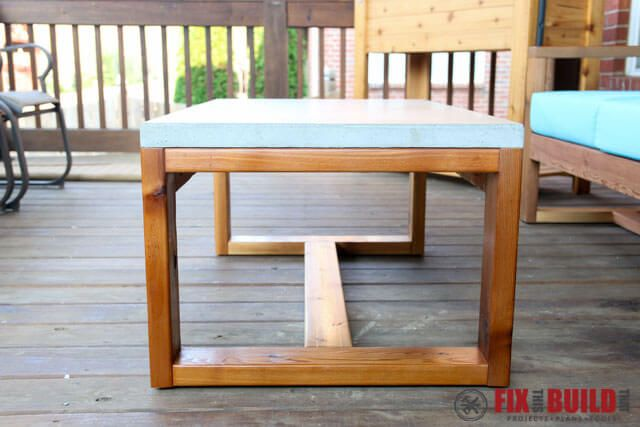 Diy Concrete Top Outdoor Coffee Table With Images Concrete Diy
