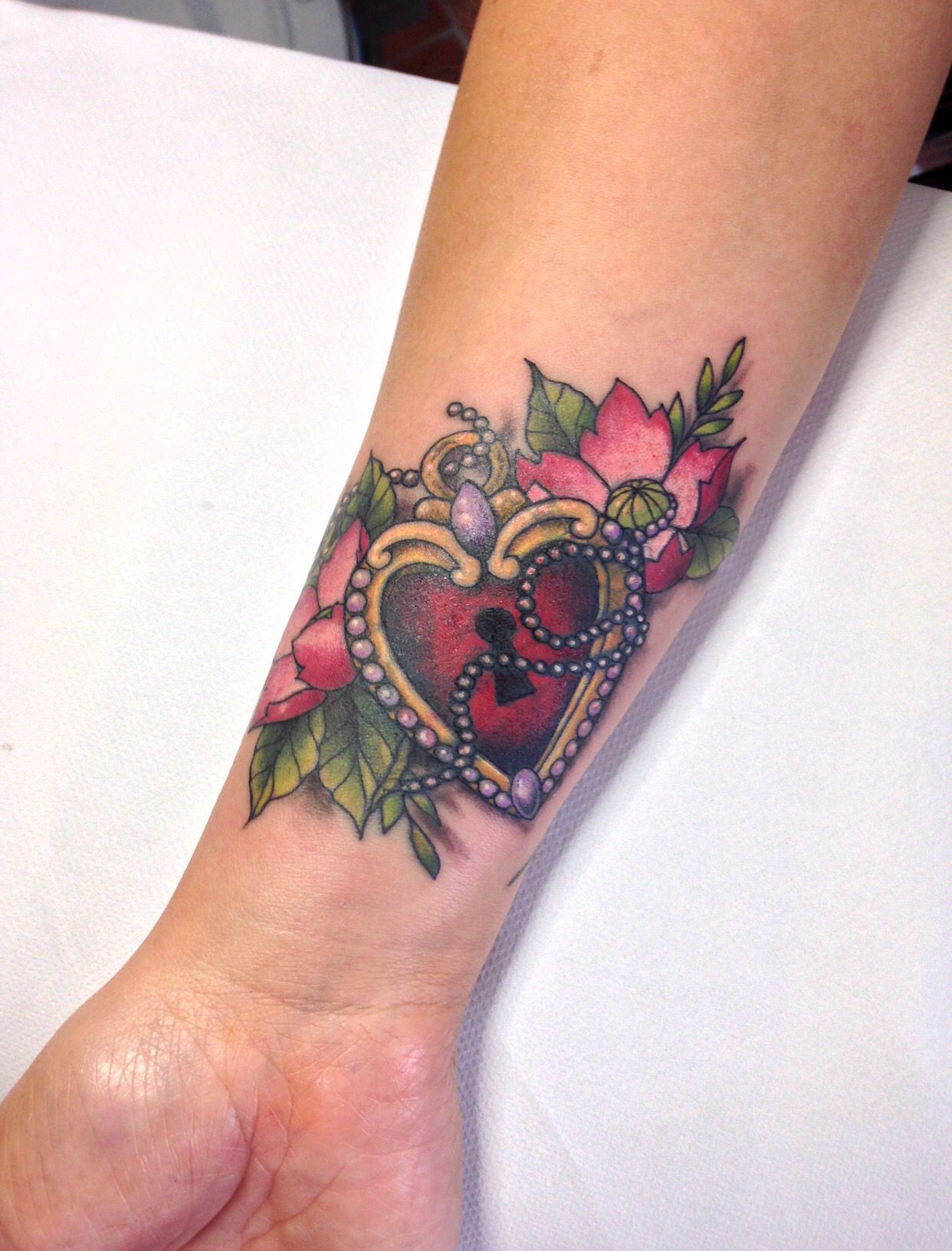 Cover up heart padlock and flowers by sandi locket