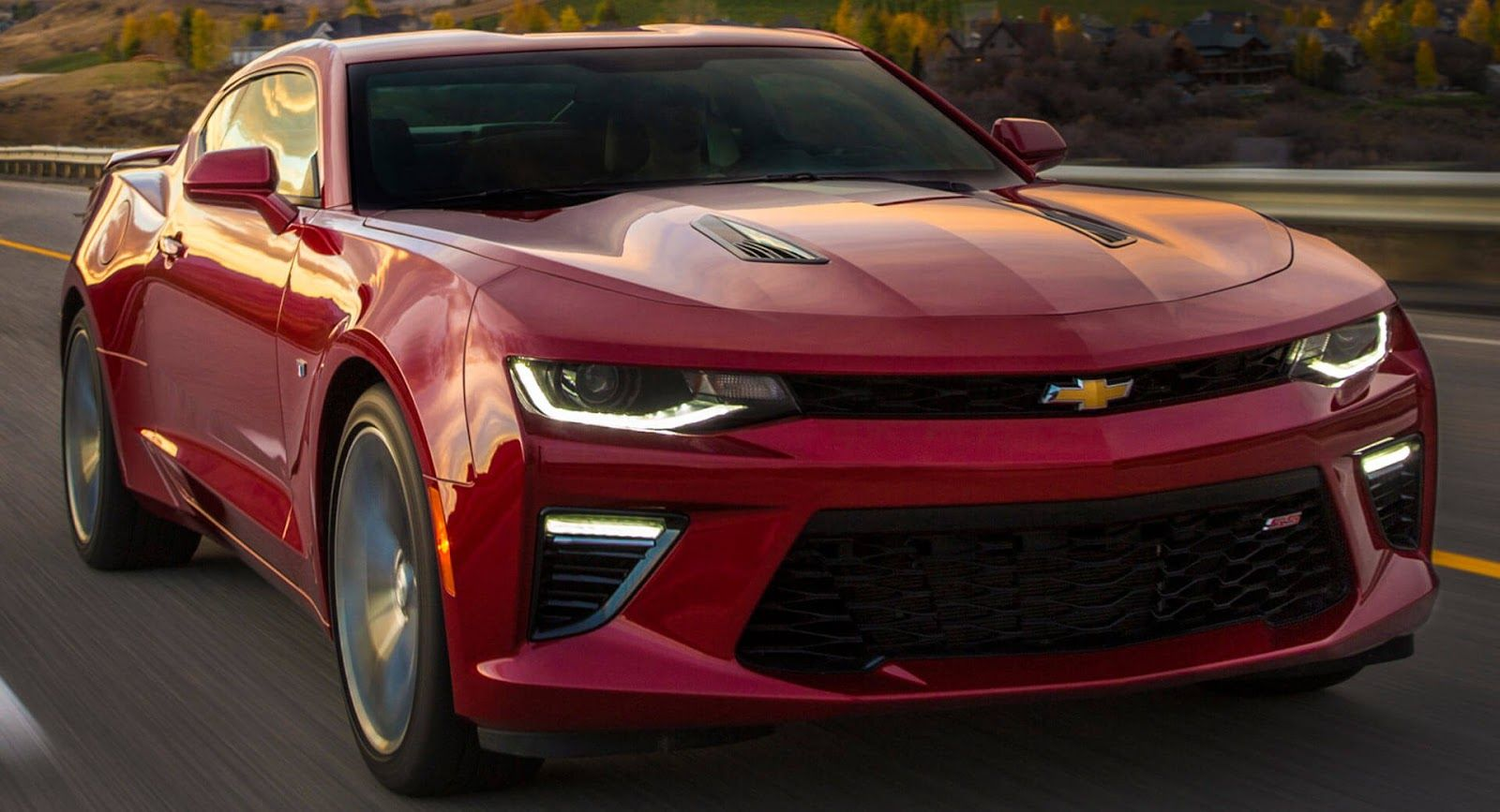 Chevrolet Wants To Highlight The Camaro S Four Cylinder Engine