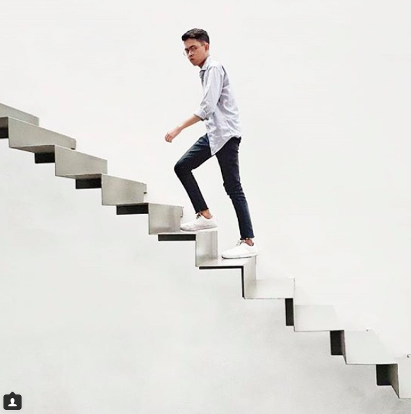 Photo Pose Idea In Movement E G Walking Up Stairs Neutral Background Walking Up Stairs People Cutout Walking Stairs