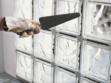 comment-monter-un-mur-de-briques-de-verre-en-pose-traditionnellejpg