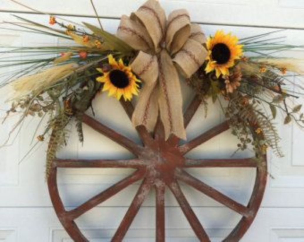 Photo of 41 Wagon Wheel Farmhouse Style Wreath Ideas