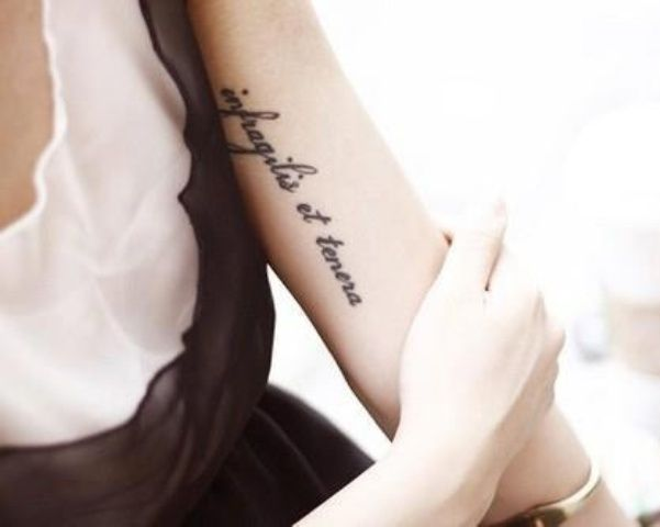 Cute lettering bicep tattoos the art of tattooing pinterest - Tatouage amour perdu ...