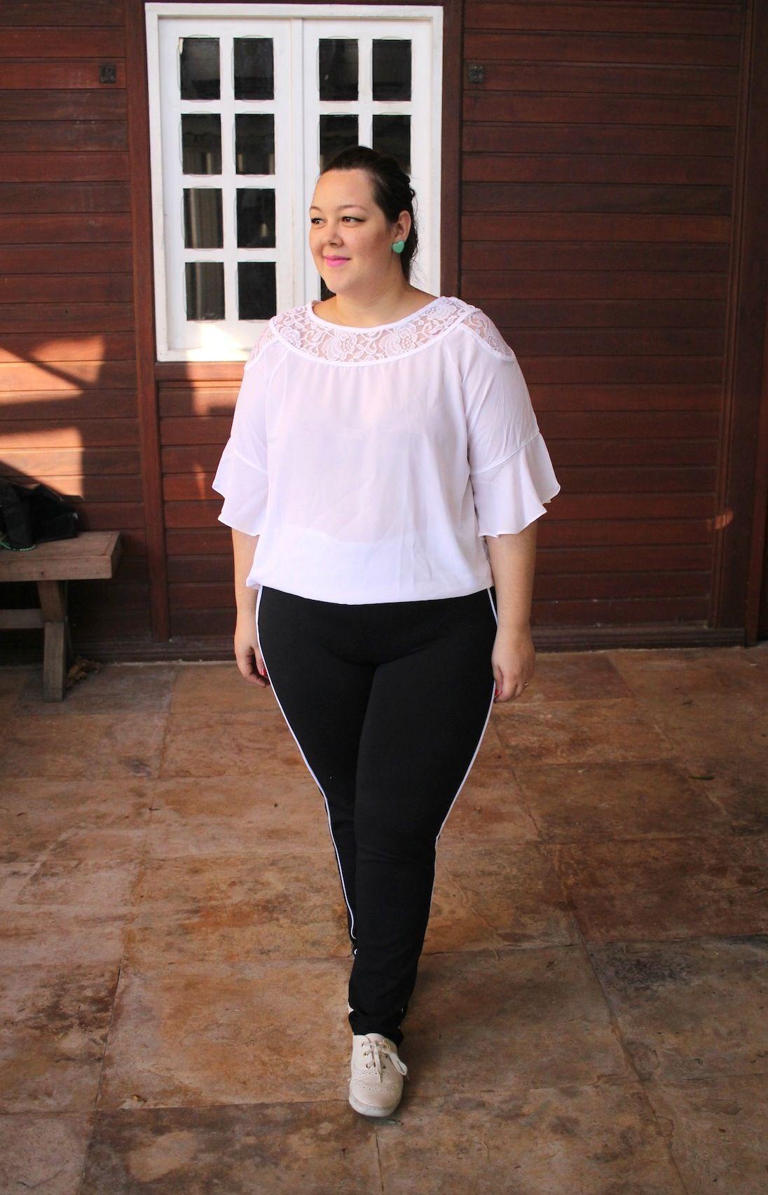 2847ecbd2034 look-plus-size-gk-calça-esportiva-blusa-branca-01 | Looks da Alinne ...