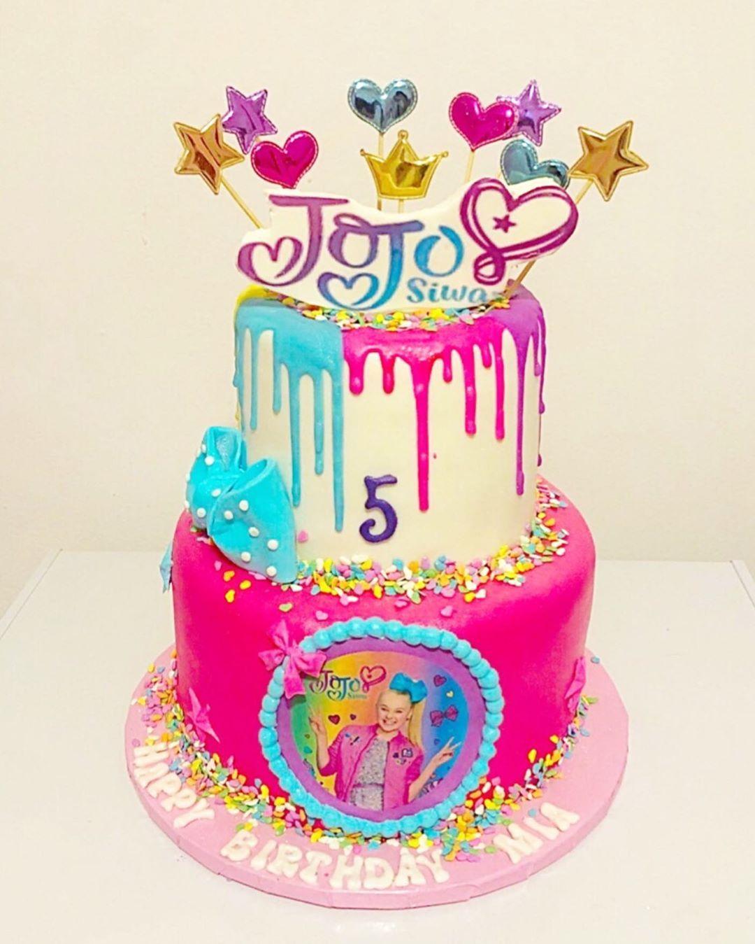 jojosiwa jojosiwacake floralcake cakes food foodie