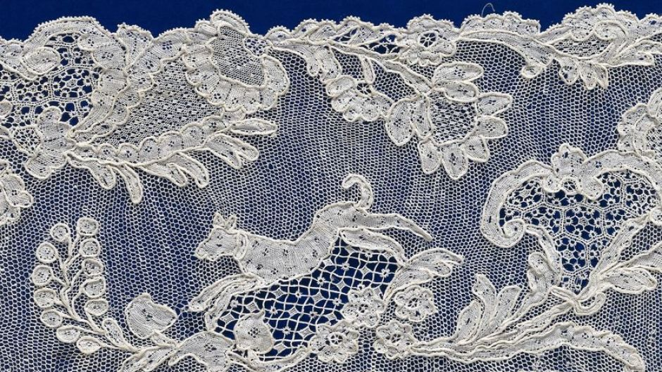 France: Border c.1740, linen (needle lace) (Alencon) ---- Sedan ?