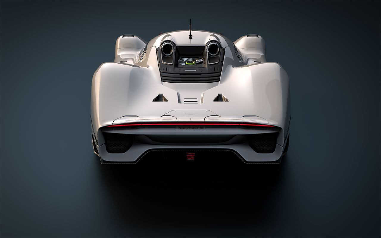 Recreating an Icon: The Porsche 908/4