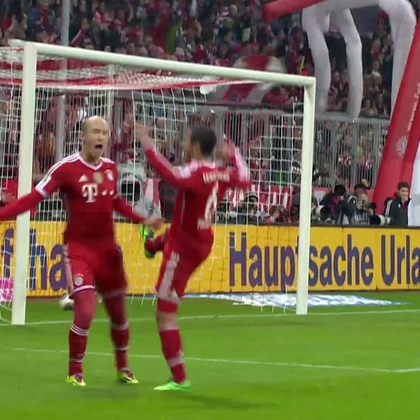 @fcbayern: #FlashbackFriday to @ArjenRobbens hat-trick vs. Schalke in 2014!  #FCBayer