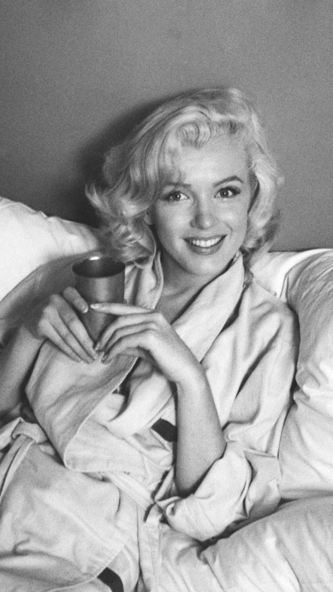 Marilyn Monroe Wallpaper Ios Figure Wallpapers Ideas In 2020