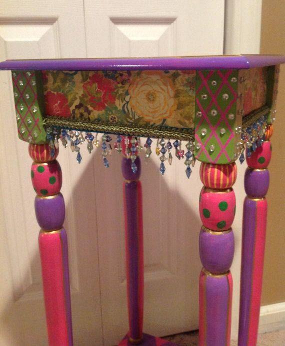 beaded table | Boho | Pinterest | Pintar, Bancos pintados y Mesas
