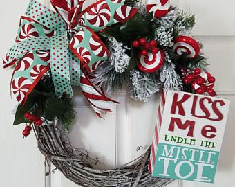 Let it Snow Wreath, Snowman Wreath, Deco Mesh Wreath, Christmas Wreath, Home Decor, Holiday Decorations, Front Door Wreath #decomeshwreaths