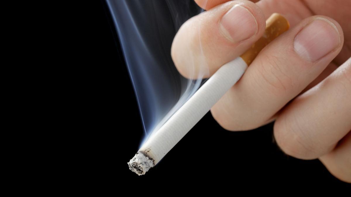 dohányzás abbahagyása és ízületi fájdalmak)