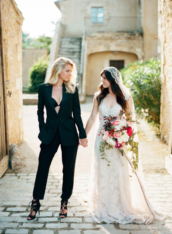 agence rencontre gay wedding dress à Suresnes