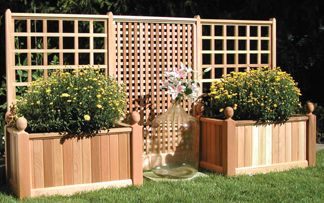 Trellis With Planterboxe Could Build On A Deck Or Patio Garden