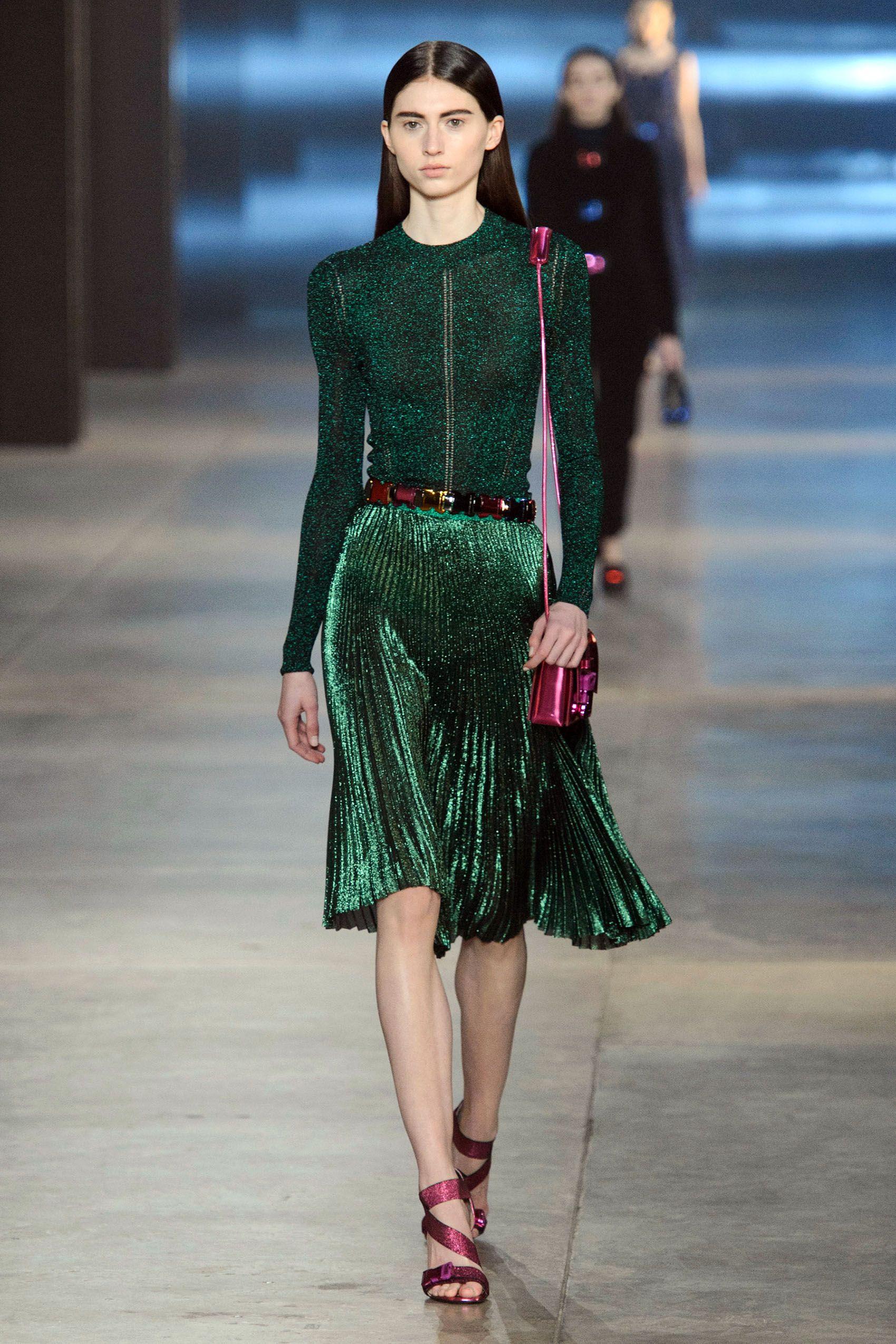 The 40 Best Runway Looks From London Fashion Week (SoFar) advise