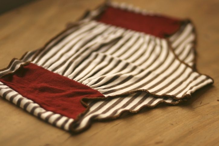 Sewing underwear from scrap knit fabric