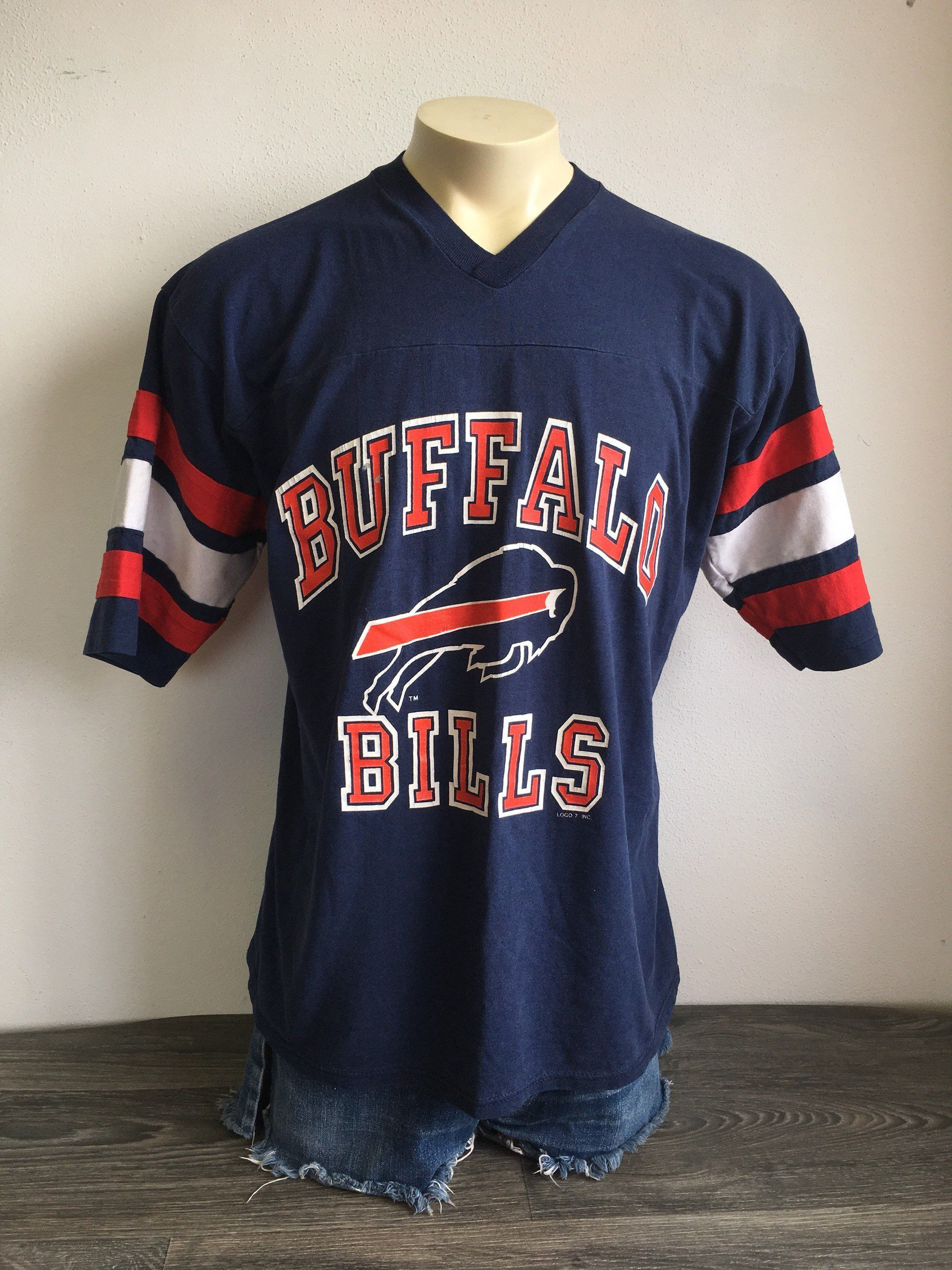 Vintage BUFFALO BILLS Jersey Tshirt 80 s Football NFL Shirt Logo 7 UsA Made  X-Large Excellent! by sweetVTGtshirt on Etsy b0548347c