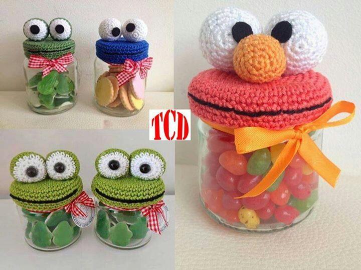 Amigurumi Cookie Monster : Botes decorados cookie monster Manualidades, reciclables ...