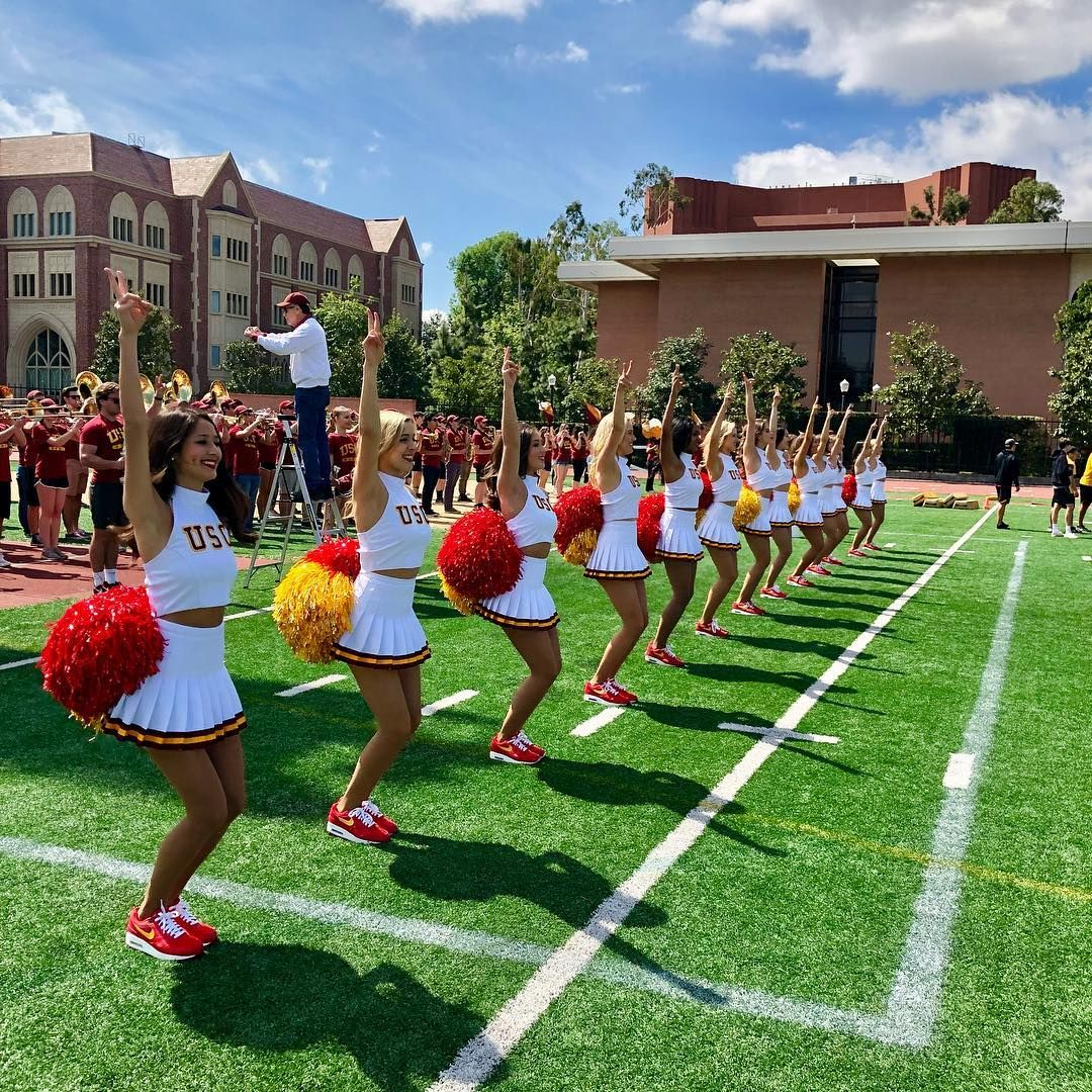 Usc Song Girls Official On Instagram We Love Usc Fb Fighton Tradition Usc University Of Southern California University Of Los Angeles