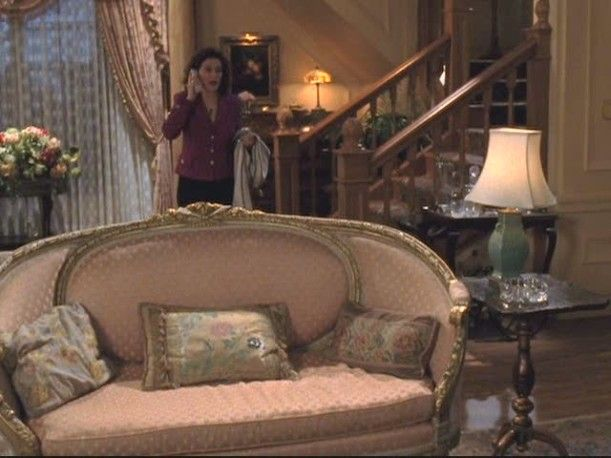 Gilmore Girls Lorelai S House And The Gilmore Mansion Gilmore