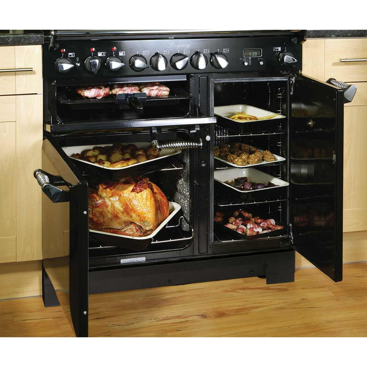 appliance buying guide why smaller ovens are actually better aleg rh pinterest com GE Appliances Retro Look Aga Legacy Series