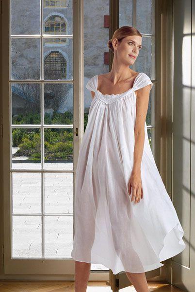 51f76ab7fdb6 Элитные ночные сорочки и пижамы | белье в 2019 г. | Ночные сорочки ...