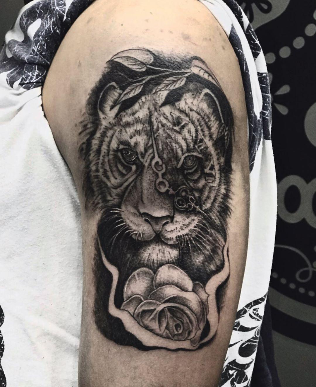 Tatuador Cristiano Da Costa Orcamentos Inbox Ou Pelo Whatsapp
