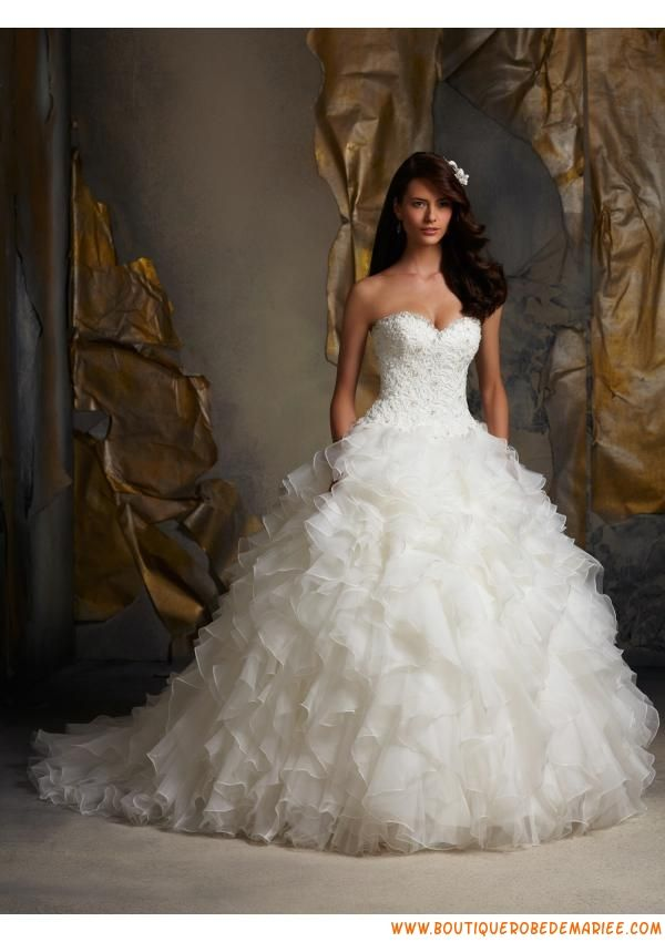 Robe de mariée princesse organza bustier applique dentelle