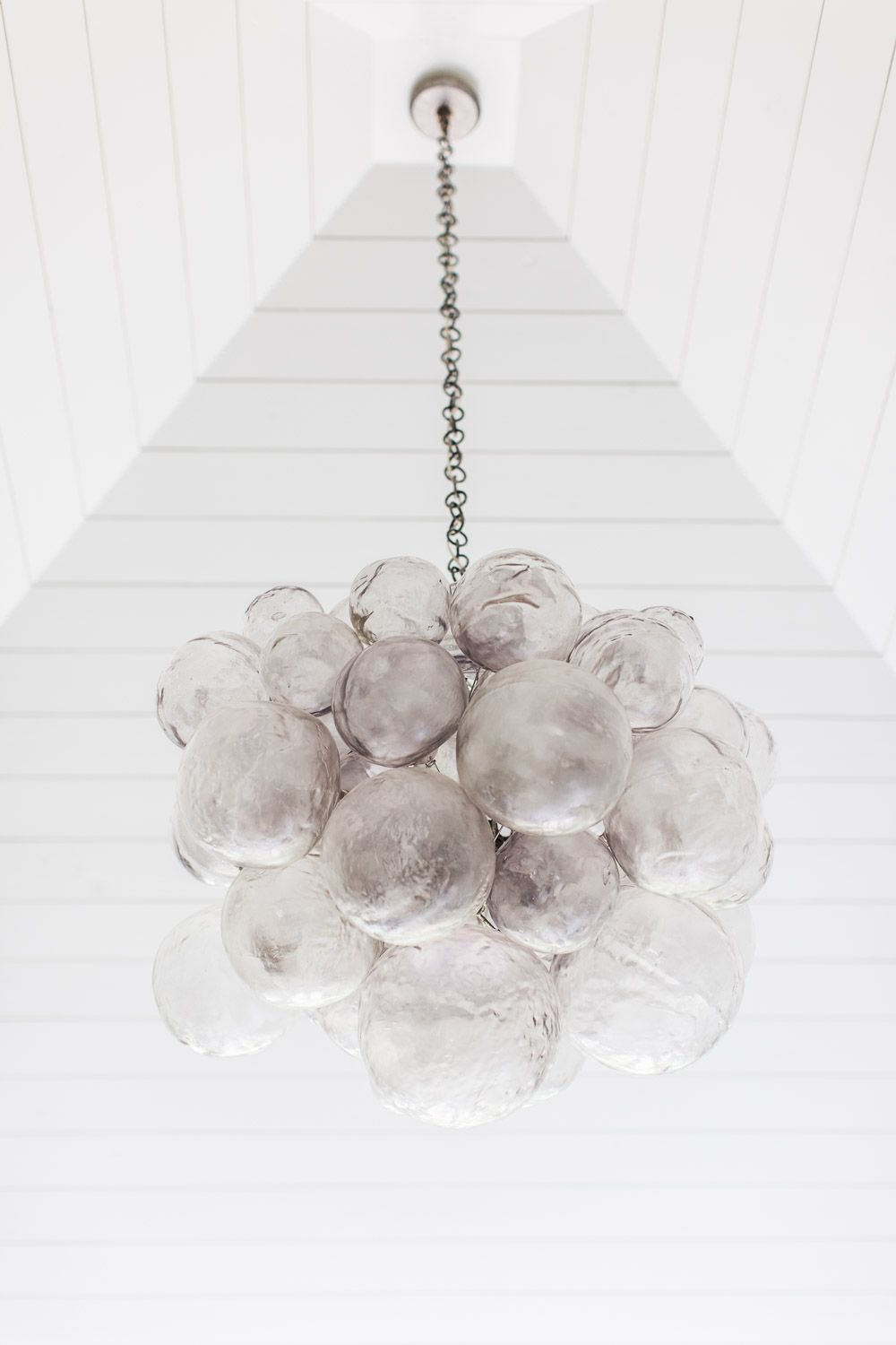 Alyssarosenheck2015 nashville symphony show house accessories southern home with neutral interiors hand blown glass chandelier oly studio muriel chandelier arubaitofo Choice Image