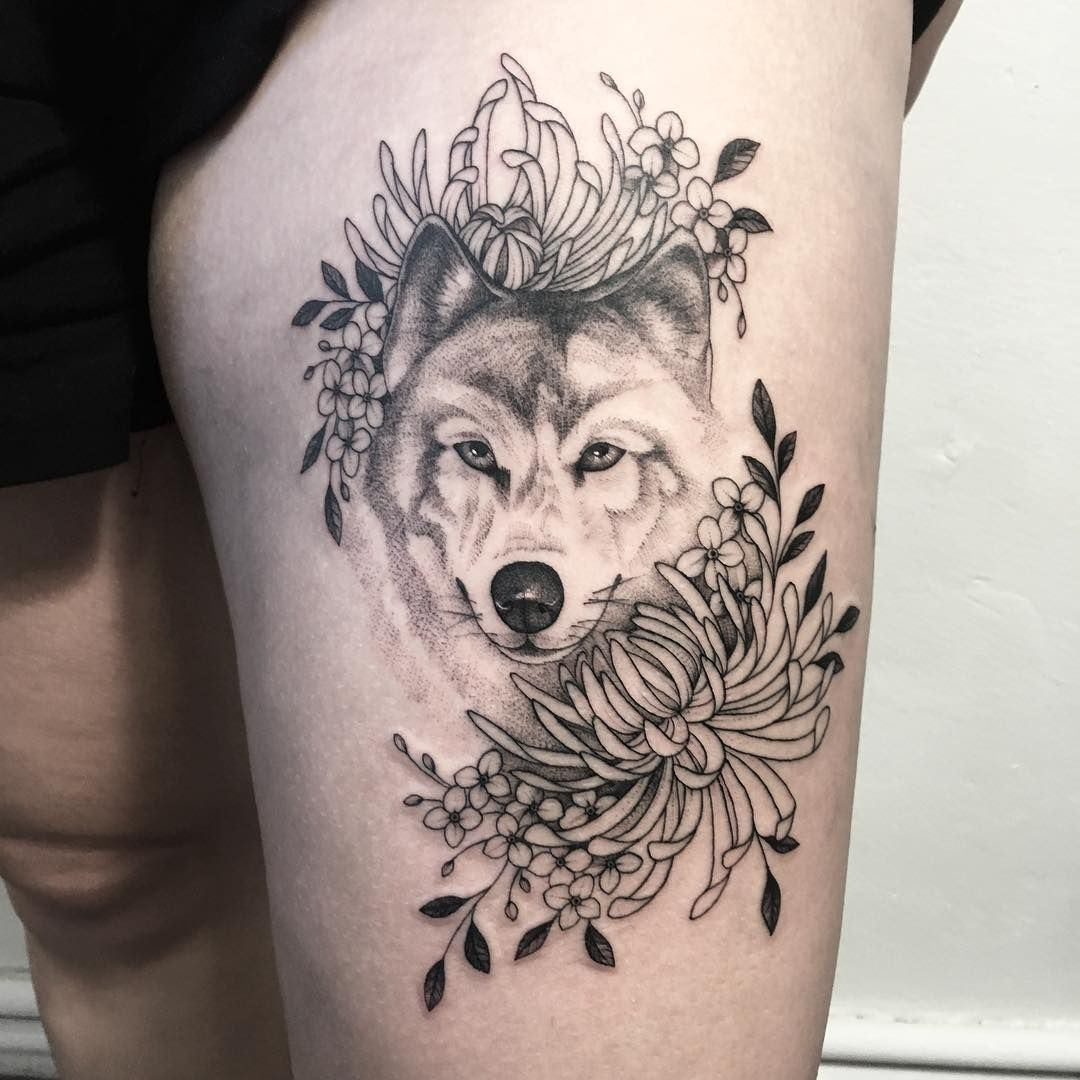 50 of the most beautiful wolf tattoo designs the internet has ever seen tattoos pinterest. Black Bedroom Furniture Sets. Home Design Ideas