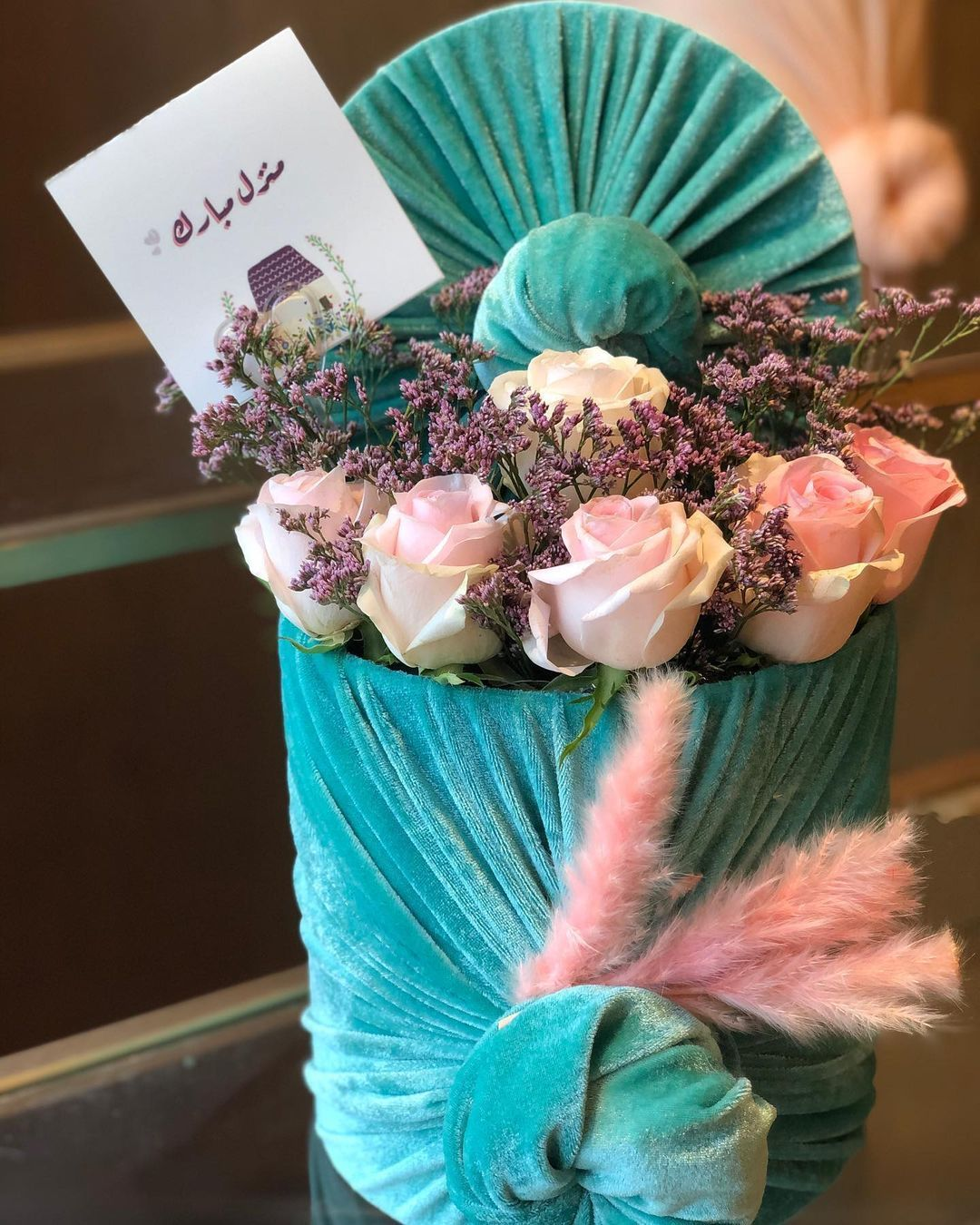Jasmineland زهور ورود هدايا On Instagram اللون جميل جدا ماشاء الله ويناسب هدية مولود او مولوده مع تغريسه متوفر الان In 2021 Diaper Cake Cabbage Vegetables