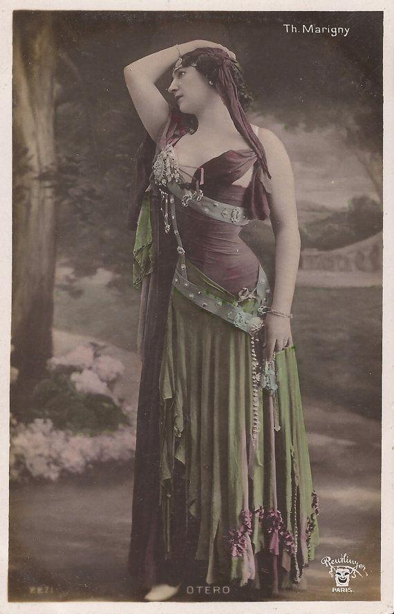 1900s Belle Epoque French Reutlinger Tinted Postcard - Otero