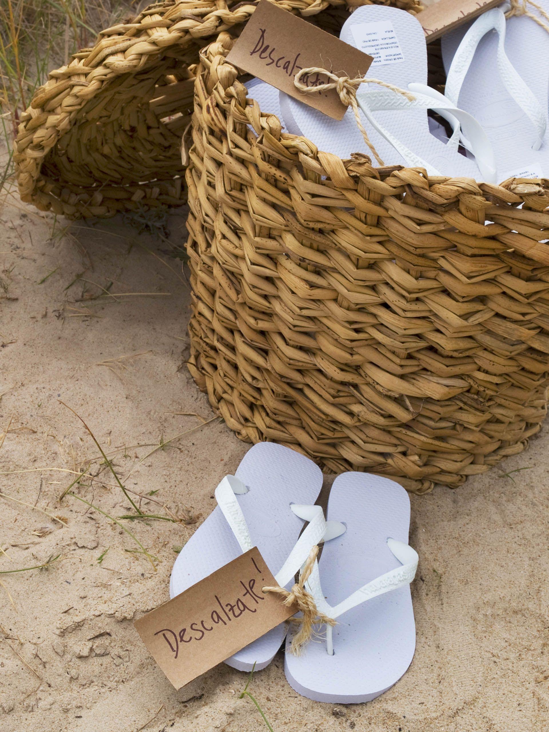 Ojotas para regalar a los invitados | Boda en la playa, Boda ...