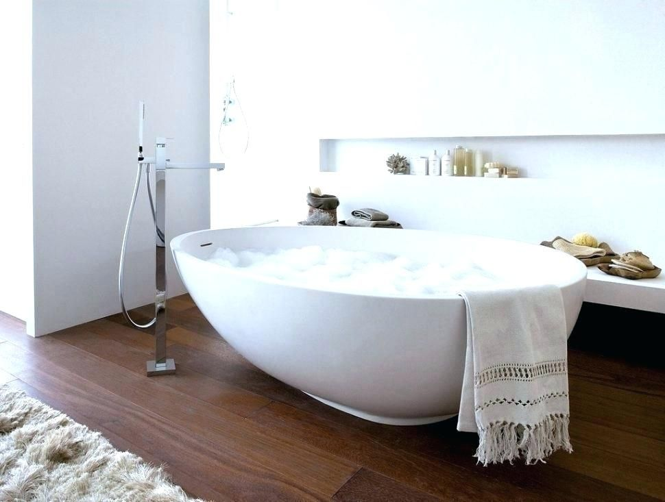 Big Deep Bathtubs With Images Free Standing Bath Tub Bedroom