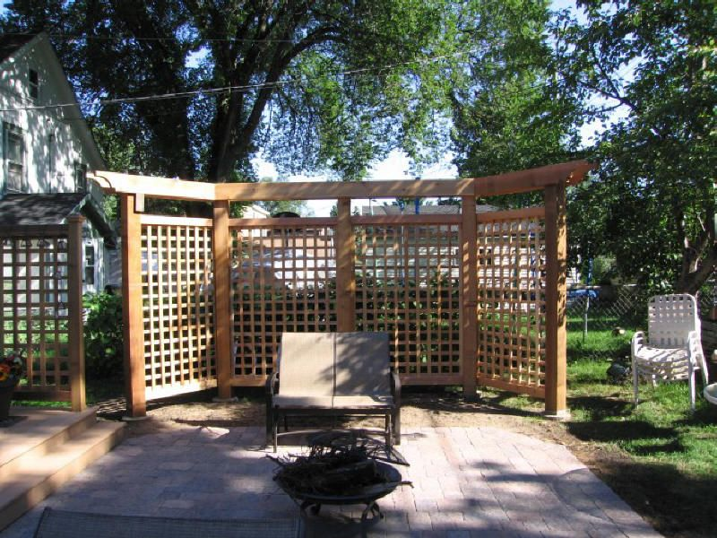Lattice panels and pergola outdoor ideas pinterest for Small patio privacy screens