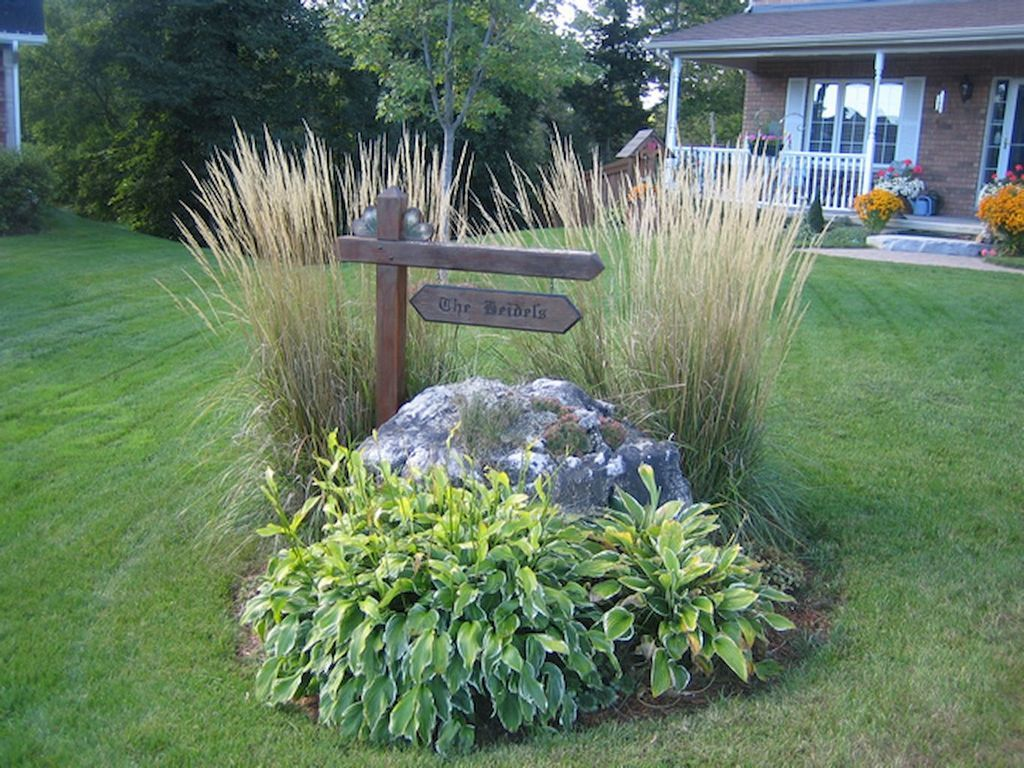 Front yard driveway landscaping ideas  Gorgeous  Gorgeous Front Yard Landscaping Ideas on a Budget