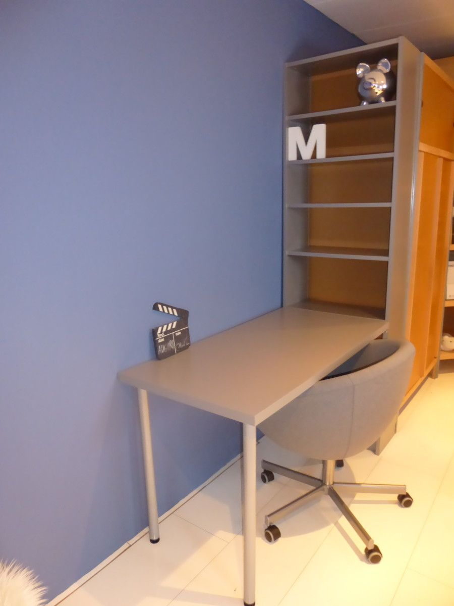 The Billy Bookcase Props Up Linnmon Table Top To Create A Nice Desk With Storage
