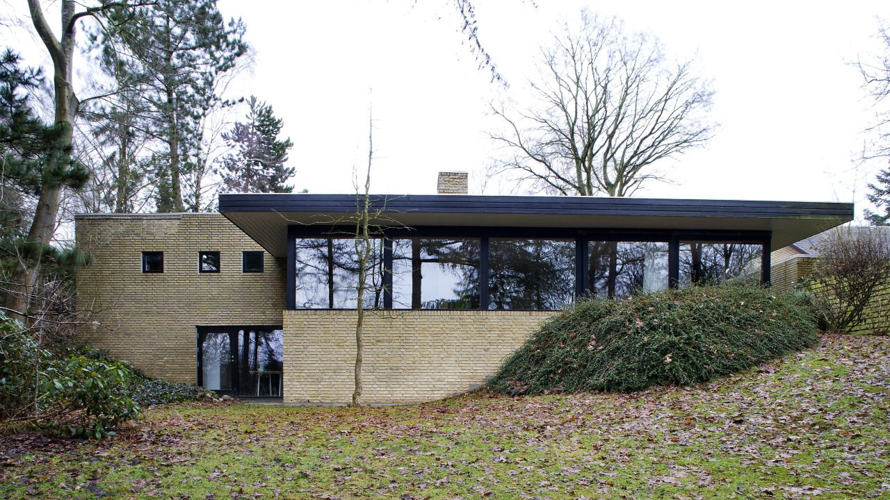 cubontinism:  Sofie Ladefoged Architecture - Villa Hvedebjergvej (2010) Fotos © Andreas Mikkel