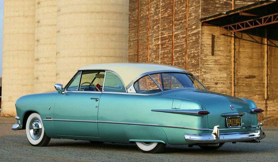 1951 ford 2-door HT