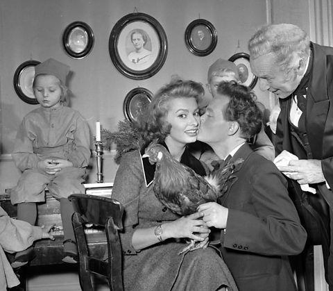 Young Sophia, 1955