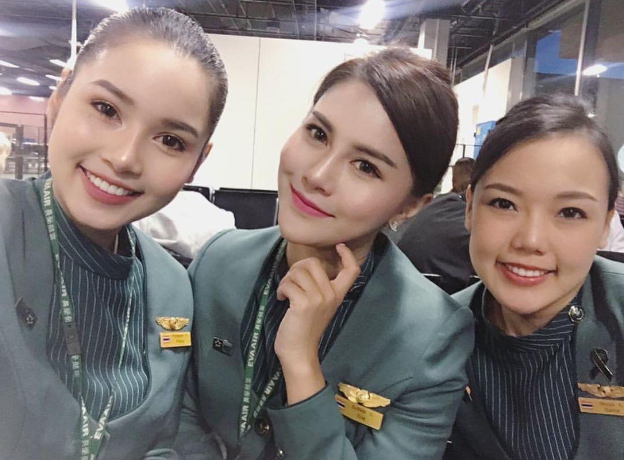 【台湾】エバー航空(長榮航空) 客室乗務員 旧制服 / EVA Air cabin crew (Old