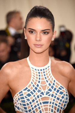 Kendall Jenner   At the Met Gala 2016   New York City   02 • 05 • 2016.