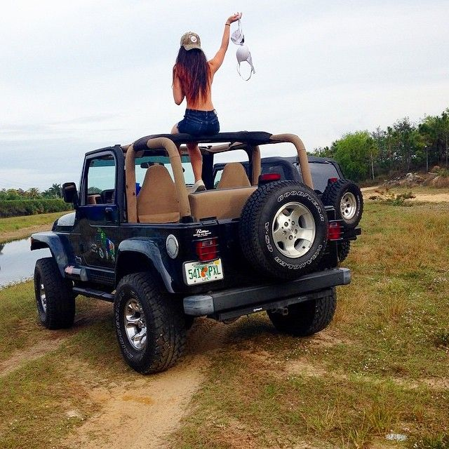 Jeep girls jeep girls 4 pinterest jeeps girls and - Girls and trucks tumblr ...