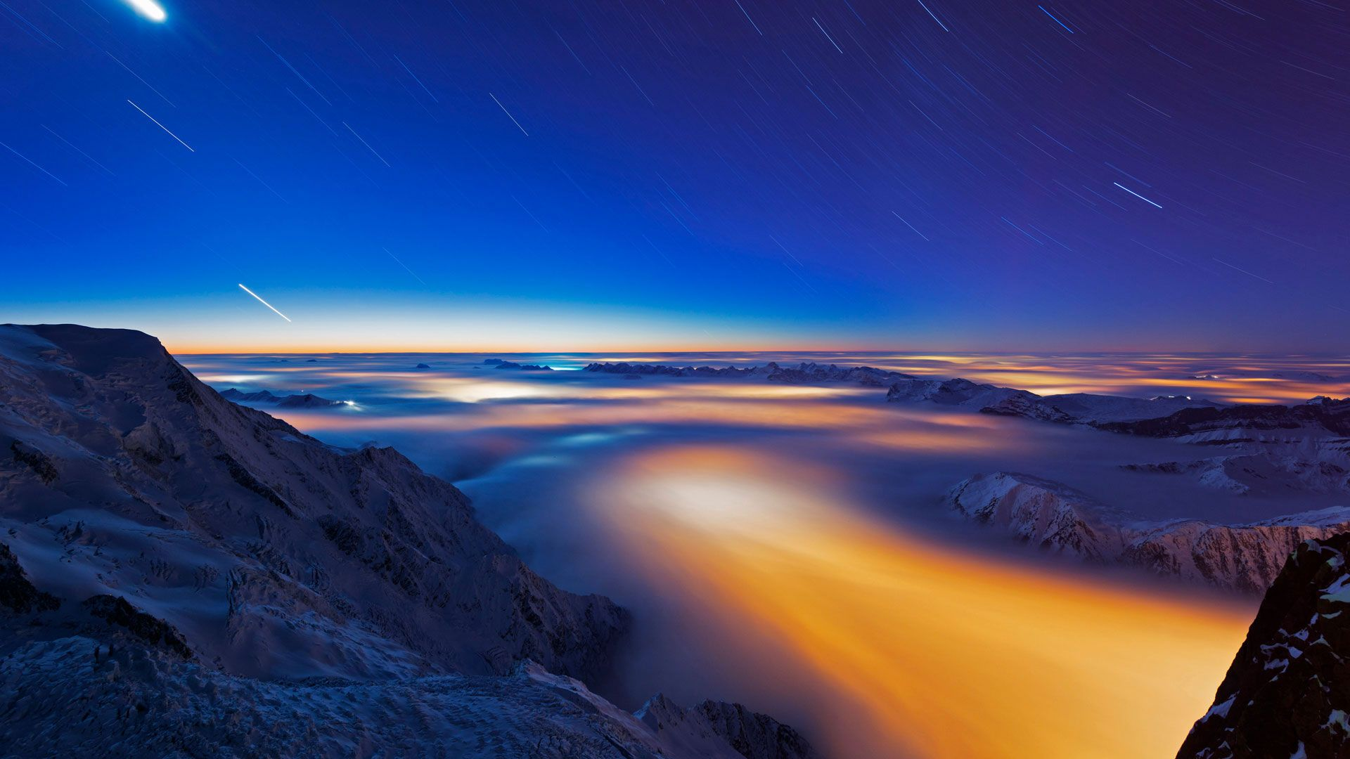 Sea of clouds over Chamonix Valley, France (© Masterfile